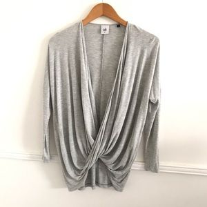 CAbi XS Gray #3245 Taylor Twisted Tee